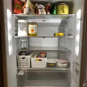 ミニマリスト目指して冷蔵庫もガラガラに
