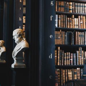 【徹底比較】読書は紙の本、電子書籍どっちがいいのか?