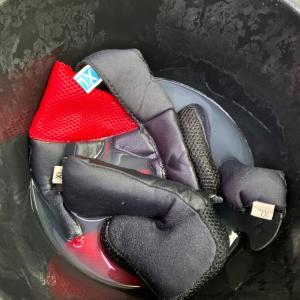 ヘルメットを洗っておこう