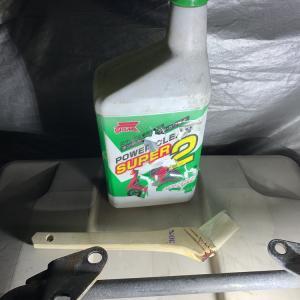 2ストロークエンジンオイルをゴムに塗ると本当に良いのか