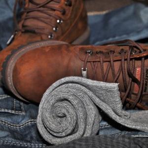 足が臭くならない「ハイドロ銀チタン靴下」の効果を検証してみた