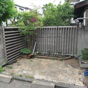 フェンス型雨水タンクの自作3 家庭菜園用雨水タンク 自作施工雨水タンク4