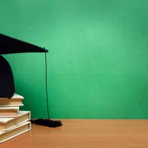 日本語教師に学歴は必要か【無名大学出身の僕が考えてみた】