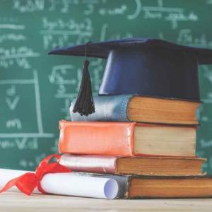 日本語教師は大学院進学が必要か。大卒と院卒で何が違う?