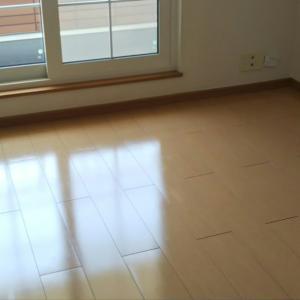 新居のリビングを整えるのにかかった費用