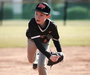 少年野球向け!基本的な投げ方を習得できるオススメ練習方法(リリースポイント修正編)