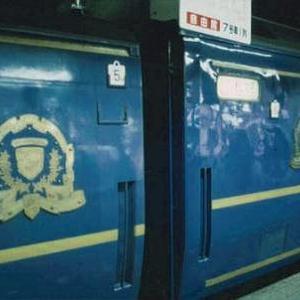 """""""嘗て、上野駅と札幌駅を結んでいた、寝台特急北斗星号です。"""" 再び"""