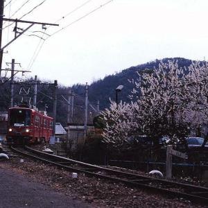 7/30 THU. 名古屋鉄道 美濃町線 モ880形電車です。