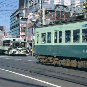 京阪電鉄、京津線の600系電車。