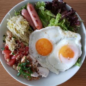 ダイエット中のご飯@おうちごはん~大好きなグレインズサラダとヨガ