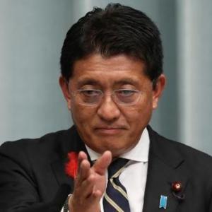 【文春】五輪アプリを23億円受注  NTTが平井デジタル相と官僚を接待疑惑【内部文書入手】