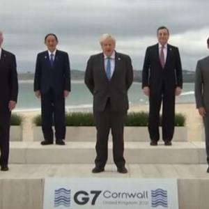 【動画】ジョンソン英首相「ヨシ、カービスベイにようこそ!」菅義偉「・・・」通訳「ようこそって言ってます」菅「・・・」