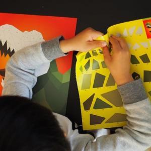 【子育て】ずーーっとシール好きな息子氏が1~4歳にハマったシール遊び