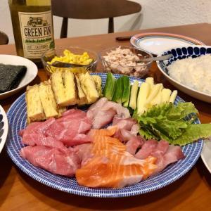 外食より断然安くて満足の豪華手巻き寿司