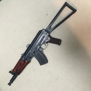 E&L AKS-74Uに250連マガジンを取り付け。大苦戦。
