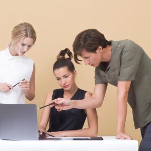 計画・実行・評価・改善(PDCA)のビジネス英語