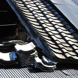 【実質無料】台風被害にあった屋根を保険を使って修理する方法!