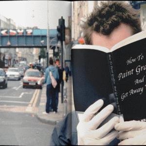 【Banksyの写真公開】バンクシーを有名にした男が写真集を出版【Banksy Captured】