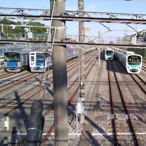 小手指車両基地【車両の数も多く見ごたえあり】西武鉄道のおすすめビュースポット
