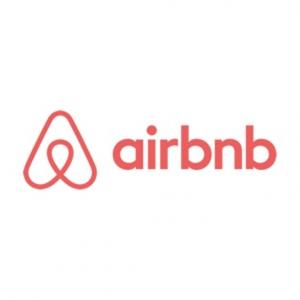 海外でAirbnbを使うメリット?デメリット【徹底比較】