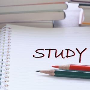 【会社】同じ資格試験に何回も落ち続ける部下の4つの特徴と対策 ~やる気の無い部下は放置が一番~