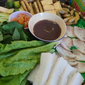 日本人はベトナムの香草とマムトムが苦手?(Not good at Vietnamese herbs and Mam Tom?)