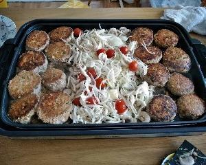 リピ♪ ホットプレートでたくさん作った煮込みハンバーグを作り置きにもして心にゆとり。