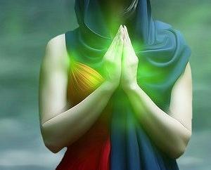 ヒーリングに霊も利用する