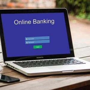 複数ネット銀行活用による振込手数料の無料回数とポイント付加を増やす方法