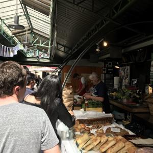 世界中から愛される♡唯一無二の激ウマクレープはマレ地区・アンファンルージュ市場にある!Chez Alain miam miam
