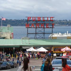 エメラルド・シティ、シアトル。【パイク プレイス マーケット Pike Place Market】はちょい呑みもOK!クラフトビール【The Pike Pub and Brewery ザ・パイクパブ アンド ブリュワリー】