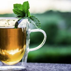 いつも麦茶か水。ランナーも麦茶でミネラル補給できる!!