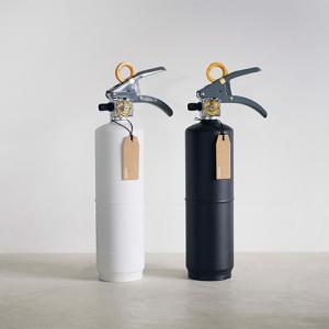 インテリアにもおすすめ!モノトーンカラーのおしゃれな最強防災グッズ +maffs  +住宅用消火器