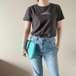 コラボTシャツ、出来上がりました!おすすめは黒でもグレーでもない「スミ色」