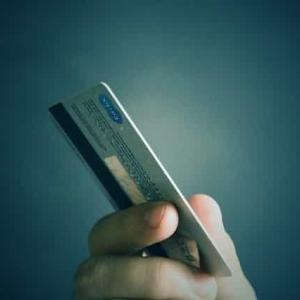【借金ブログ】キャッシング枠は電話一本で後から簡単に追加できる。