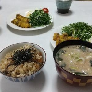 生姜鰯ご飯とくるみなめこ味噌汁で健康パワーアップ
