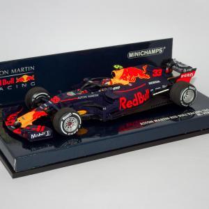 【Red Bull F1・ミニチャンプス1/43】気まぐれミニカーレビュー - Vol.18