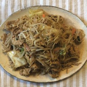 【サボりめし】野菜パックで昔懐かしい味のお手軽焼きそば