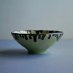 手びねり緑釉茶碗