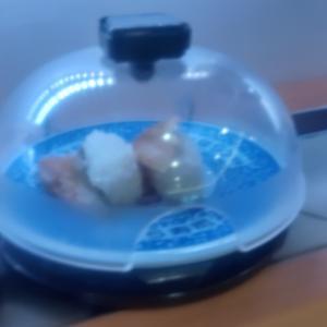 崩れたお寿司。