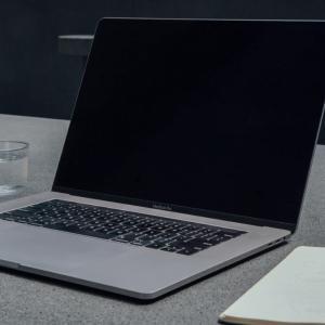 ネットで副業したい中年サラリーマン向け お勧めのパソコンとは?