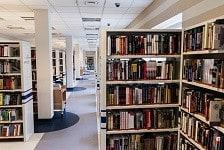 図書館が開きました。書く人と読む人の違い