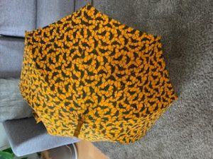 夏の必須アイテム ~アフリカンバティックの日傘~