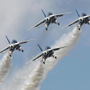 【空自】ブルーインパルスが29日に都心飛行(終了) 新型コロナで医療者らに感謝で飛ぶ・・・!