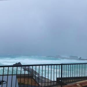 台風で停電!10月の与論は台風真っ盛りな時期なのです!