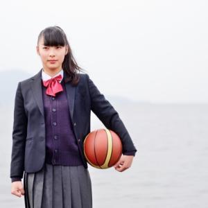 ミニバス女子のワンハンドシュート|についての記事バスケU12