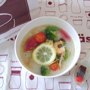 【粥餐庁(かゆさんちん)の野菜ベジかゆ】をテイクアウトでヘルシーに腸活