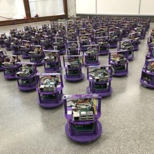 """ぶつからない""""自動運転ロボットの群れ""""アルゴリズム ノースウェスタン大が開発"""