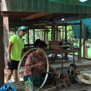 カンボジアの手織りバッグの紹介