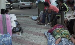 移民の家政婦、大使館前に次々と捨てられる 経済危機のレバノン